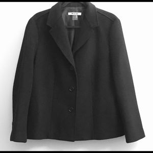 Nygard Collection Petite VNeck Black Blazer/Jacket